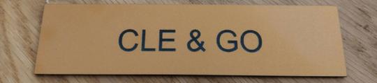 gravure plaque au lettre